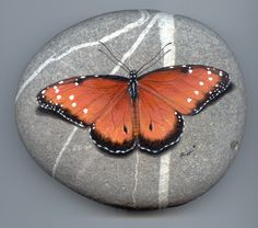 Stone Paint | Butterfly, paint on stone by Roberto Rizzo