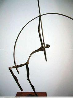 Minimalist archery sculpture