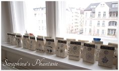 Adventskalender Aus Buchseiten / Advent Calendar Made From Book Pages /  Upcycling