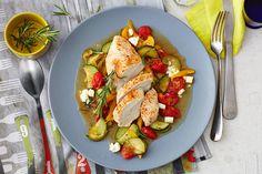 Huhn auf Gemüse-Scha