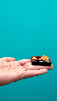 Miniature Crafts, Miniature Food, Tiny Cooking, Cool Paper Crafts, Mini Craft, Tiny Food, Edible Food, Mini Kitchen, Small Meals