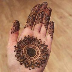 Round Tikka Mehndi Design Easy