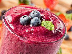 Hyman's 10 Day Detox Diet Whole Food Protein Shake Fruit Smoothies, Pb And J Smoothie, Juice Smoothie, Smoothie Drinks, Breakfast Smoothies, Detox Drinks, Healthy Smoothies, Healthy Drinks, Healthy Eating