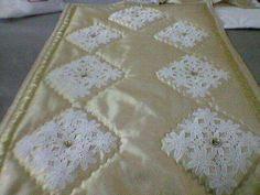 Hobbies And Crafts, Diy And Crafts, Hand Embroidery Patterns, Filet Crochet, Quilts, Blog, Home Decor, Tablecloths, Scrappy Quilts