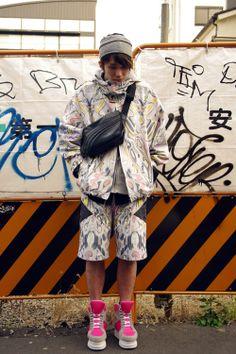 Marble print suit via rid snap