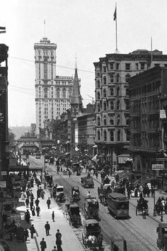vintage everyday: Black and White Photos of New York City in 1910 Times Building
