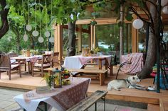 Albertina Wien, Outdoor Furniture Sets, Outdoor Decor, Wedding Locations, Patio, Home Decor, Wooden Pavilion, Decoration Home, Room Decor