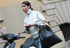 Street style Milan SS15 , Celine bag. Semana de la moda de Milan.