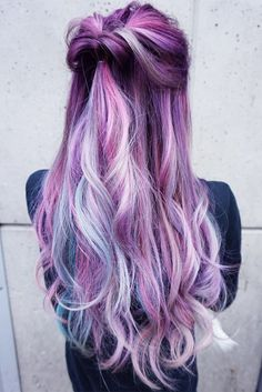 Purple hair color is no longer a dyeing mishap but one of the latest hair trends. You can find your options here. Hair Color Purple, Cool Hair Color, Ombre Colour, Curly Wedding Hair, Wedding Updo, Wedding Makeup, Beautiful Hair Color, Mermaid Hair, Mermaid Makeup
