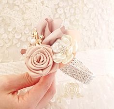 Champagne rose gold BROOCH BOUQUET. Ivory, beige, cream broach boquet. Jeweled crystal flowers weding bridal bouquet by Memory Wedding The last picture in this listing will help you to choose the size. The matching boutonniere you can find here, it costs 20$
