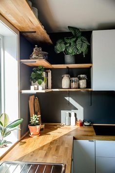 In corner btw stove and window after removing cupboards and bulkhead - Modern Kitchen Room Design, Home Decor Kitchen, Interior Design Kitchen, Kitchen Furniture, Home Kitchens, Kitchen Corner, Small Apartment Kitchen, Furniture Cleaning, Furniture Ads