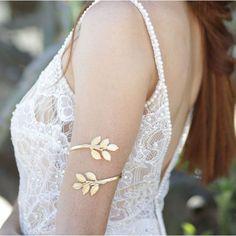 Greek Goddess Upper Arm Bracelet, Upper Arm Cuff, Arm Bracelet, Leaf... ($47) ❤ liked on Polyvore featuring jewelry, bracelets, gold bangles, gold jewellery, yellow gold bangle, gold jewelry and gold arm cuff jewelry #GoldJewelleryLife