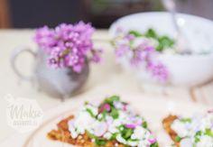 punajuuieskat ja voikukkalevite - laita kesä leivän päälle Grains, Rice, Herbs, Food, Essen, Herb, Meals, Seeds, Yemek