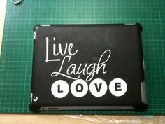 Vinilo adhesivo. Live, Laugh, love