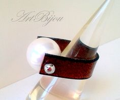 Pearl Ring, Leather Ring, White Pearl, Modern Ring, Togo Ring, Brown Leather, Women Ring, Gift Her, Women Gift, Gift Idea, Valentines Gift