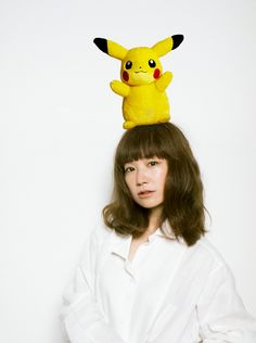 YUKI veröffentlicht Pokémon Themesong als Single Pokemon, Pikachu, Blue Back, My Youth, I Love Girls, Art And Architecture, Girly, Beautiful Women, Artist