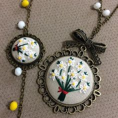 Video, Burgu Knitting Model How? Silk Ribbon Embroidery, Embroidery Jewelry, Hand Embroidery Designs, Embroidery Art, Cross Stitch Embroidery, Embroidery Patterns, Cross Stitch Designs, Cross Stitch Patterns, Polymer Clay Embroidery