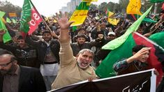 VIDEO: Pakistanis Protest Sectarian Violence - http://ontopofthenews.net/2013/02/17/top-news-stories/video-pakistanis-protest-sectarian-violence/