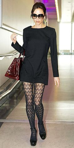 Airport Style Little black dress with patterned stockings--Victoria Beckham.Little black dress with patterned stockings--Victoria Beckham. Look Fashion, Autumn Fashion, Womens Fashion, Petite Fashion, Mode Outfits, Fall Outfits, Dress Outfits, Sweater Dresses, Grunge Outfits
