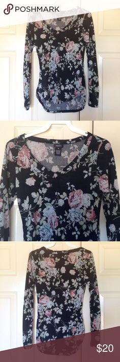 Floral Black Vneck Longsleeve Shirt Flower NEW Floral Highlow shirt. Longsleeve stretchy. Vneck. Multiple sizes available. New with tags.  #floral #longsleeves #vneck #shirt Rue 21 Tops Tees - Long Sleeve