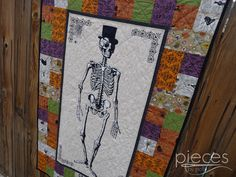 Pieces by Polly: Mr. Chillingsworth Halloween Quilt - Free Halloween Quilt Pattern - With Fairfield and Sisters and Quilters