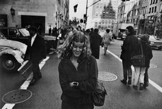 Women are Beautiful EXPLORE ALL GARRY WINOGRAND ON ASX (All rights reserved. Images @ the Estate of Garry Winogrand Connect to the ASX world! Like us on Facebook, follow us on Twitter and Instagram.