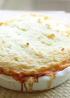 Low FODMAP Recipe and Gluten Free Recipe - Quinoa shepherd's pie - Vegetarian www.ibs-health.co...