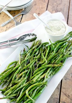 These roasted green beans from The Endless Meal make a tasty side to any main, especially when dipped in a garlic aioli sauce. Green beans are a crispy source for vitamin K, C, folate and fiber. Wi...