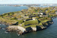 Suomenlinna Fortress is located in Helsinki Finland. We head for family travel visit to this island just off Helsinki harbour Lappland, Star Fort, Holland, Visit Helsinki, World Heritage Sites, Family Travel, Trip Advisor, Places To Visit, Around The Worlds