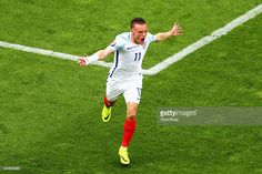 Jamie Vardy of England celebrates scoring England's first goal during the UEFA EURO 2016 Group B match between England and Wales at Stade Bollaert-Delelis on June 16, 2016 in Lens, France.