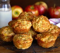 Cheesy Lunch Muffins - a Julie Goodwin recipe Lunch Snacks, Savory Snacks, Healthy Snacks, Lunch Box, Veggie Muffins, Savory Muffins, Cheese Muffins, Zucchini Muffins, Baby Food Recipes