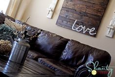 This is a piece of reclaimed wood art that I think is quite interesting. As we have decided to use a rustic theme in the living room, I think this will work great with it. (not too keen on the message ... I am thinking of perhaps adjusting the project to be three peices ... with the words ... duty ... honor ... country)
