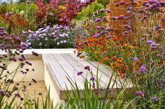 The Entertainers | Sue Townsend Garden Design