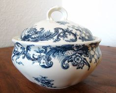 Vintage VILLEROY & BOCH Transferware  Vintage marmalade bowl with a lid featuring pretty floral decor manufactured by German porcelain factory