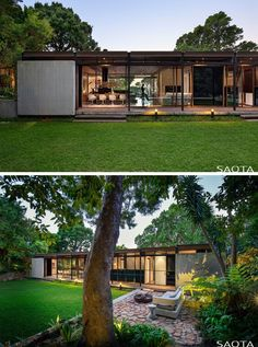 This modern house has a large lawn and a outdoor lounge area that's designated by the use of stone. This modern house in Cape Town, South Africa, was originally built in and more recently received a given a fresh update by architecture firm SAOTA. Modern Tiny House, Modern House Design, Glass House Design, Modern Lofts, Contemporary Design, Farnsworth House, Casas Containers, Bungalows, Outdoor Lounge