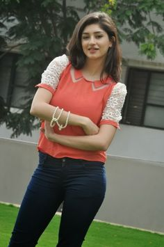 Beautiful Outfits, Beautiful Women, Tamil Actress, Indian Actresses, Celebrity, Gallery, Lady, Hot, Clothing