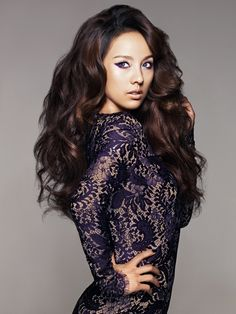 Lee Hyori dons a purple eyeliner for CLIO pictorial Lee Hyori, Big Wavy Hair, Full Hair, Purple Eyeliner, Brown Eyed Girls, Remy Hair Extensions, Dream Hair, Brunette Hair, Celebrity Pictures