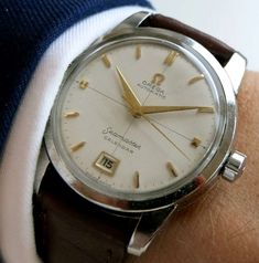 Perfect Omega Seamaster Hammerautomatic Calendar with honeycomb dial, crosshairs and Date