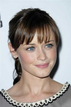 I'm thinking I'll get bangs like Alexis Bledel. She's has such a classy look.