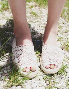 Fringe Purse, Stylenanda, Femininity, Chiffon Tops, Korean Fashion, Espadrilles, Peep Toe, Denim Shorts, Slippers