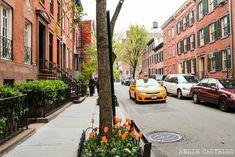 Guía del West Village: ruta por el barrio y sus calles West Village, Washington, New York Travel, Victorian Homes, New York City, Street View, Nyc, Buenas Ideas, Summer