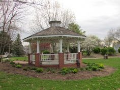 John A. Johnson Memorial park in Maple Bluff Memorial Park, Great Pictures, Gazebo, Outdoor Structures, Adventure, Places, Photography, Travel, Cemetery
