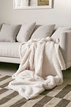 Throw Blankets For Couches New Cable Knit Throws & Pillowsoh These Would Be Perfect For My Living Inspiration