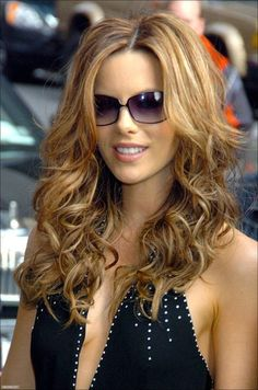 Kate Beckinsale Curly Long Hairstyle