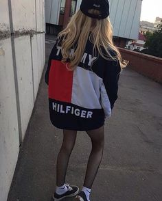 Image about style in C L O T H E S by Saint Pablo is part of Tommy hilfiger outfit Shared by Riffely Find images and videos about style, outfit and tommy hilfiger on We Heart It the app to get los - Casual Outfits, Fashion Outfits, Womens Fashion, Fashion Trends, Look 2018, Mode Streetwear, Mode Inspiration, Mode Style, Fashion Killa