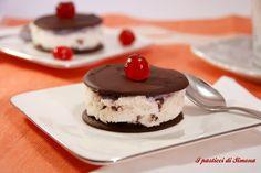 Cialde di cioccolato con panna