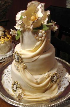 yeastconfection cake central   Victorian Wedding Cake — Round Wedding Cakes