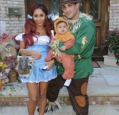 Halloween Costumes for a family of 3  sc 1 st  Pinterest & The 104 best Halloween Costumes for Family images on Pinterest ...