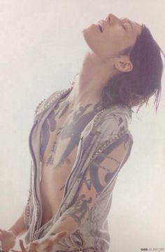 Well, will you look at that, MIYAVI <3 // ????