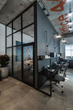 36 The Best Modern Office Design – Home Design – Home Office Design Layout Industrial Office Space, Industrial Interior Design, Industrial House, Industrial Interiors, Vintage Industrial, Industrial Style, Industrial Lighting, Industrial Farmhouse, Industrial Bedroom